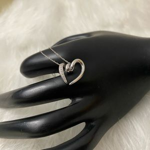 Jewelry - 14K Solid Gold Heart Necklace